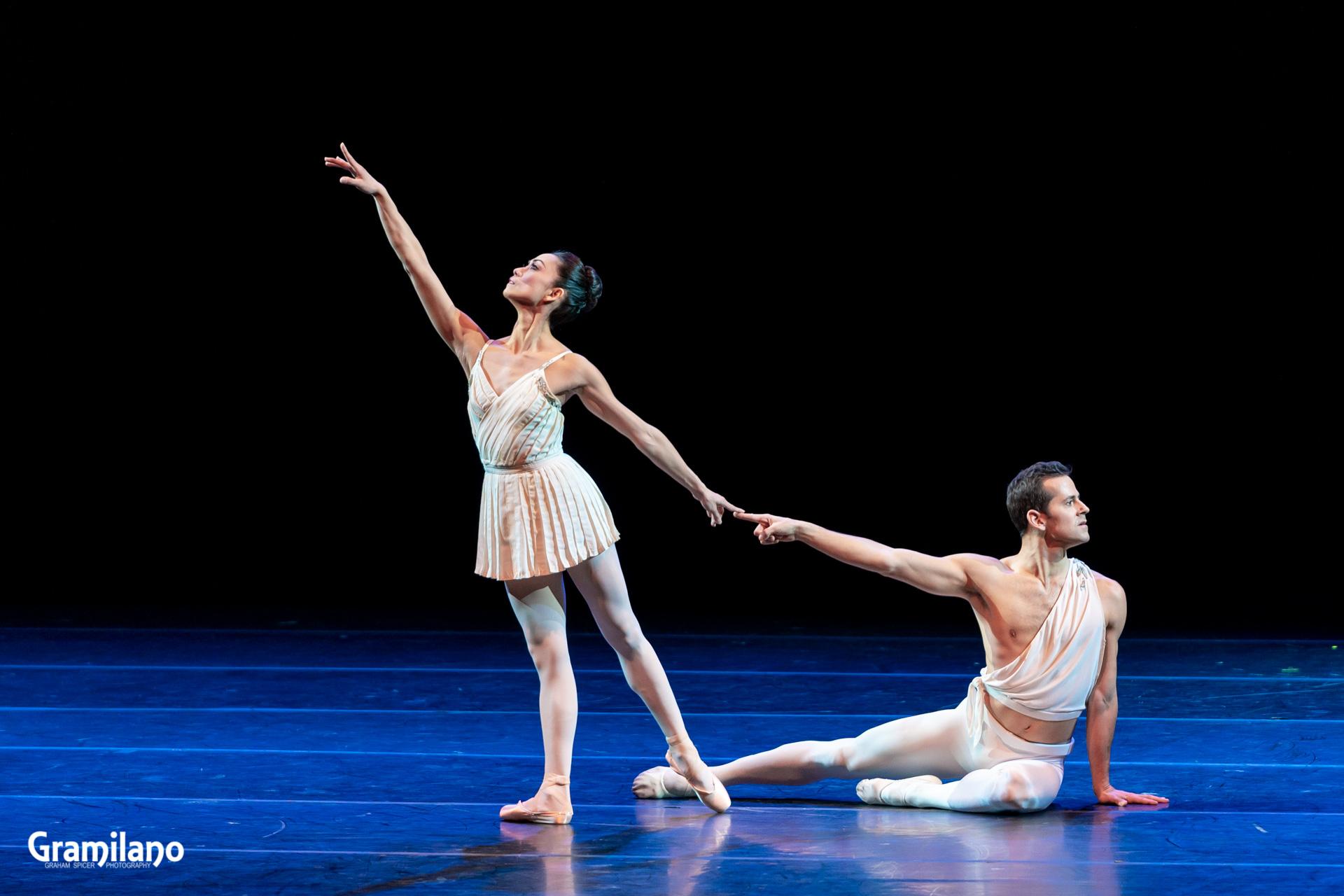 Robert Fairchild and Stella Abrera in Apollo