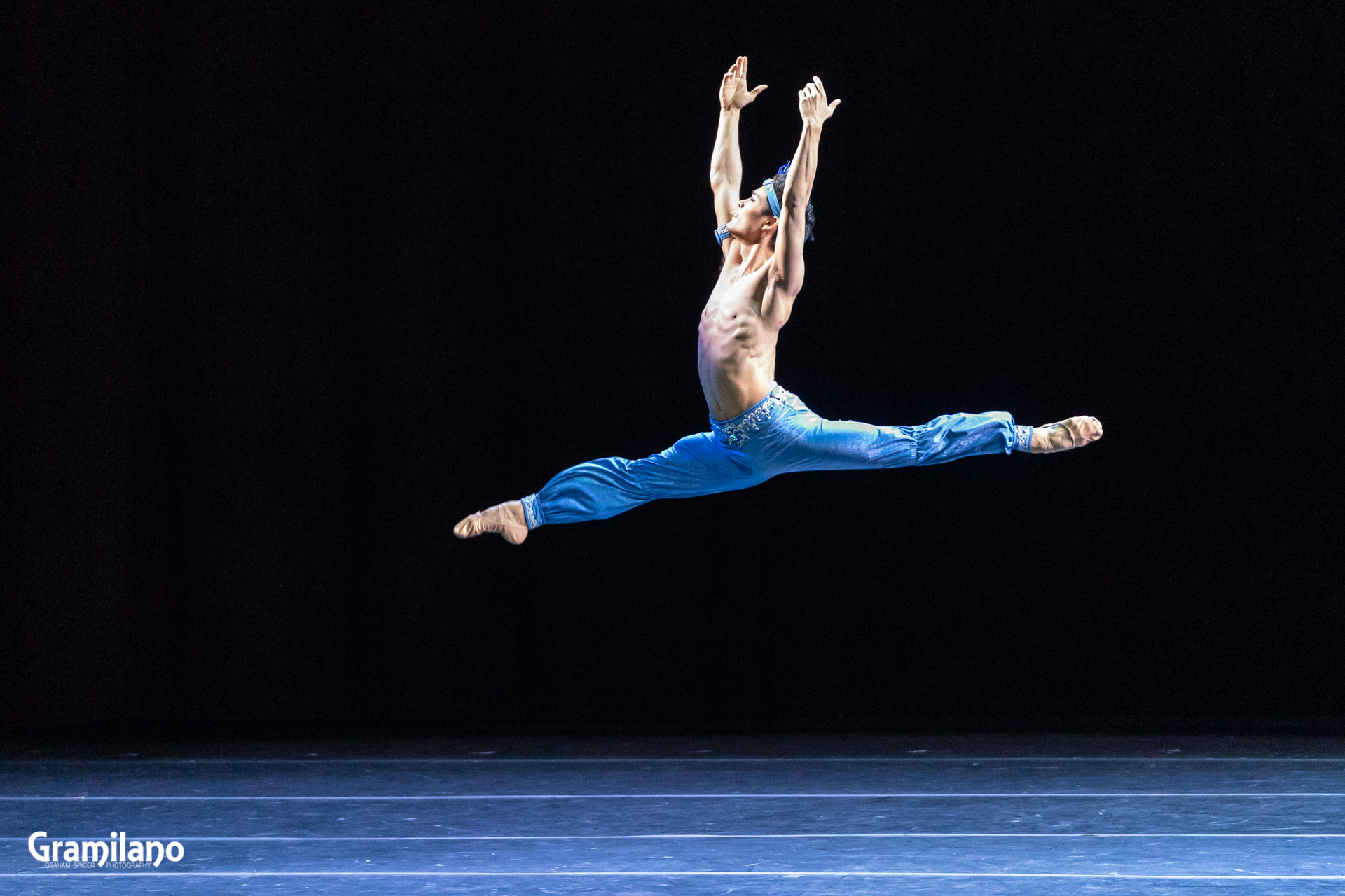 Young Gyu Choi in Le Corsaire